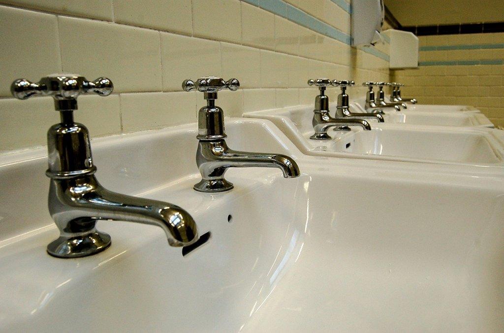 Banjo plumbing maintenance programs